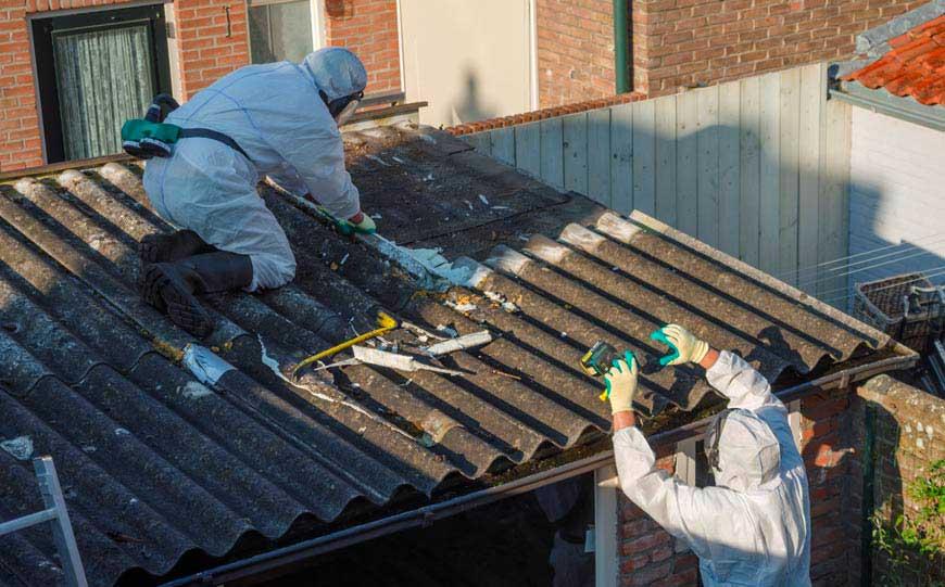 Inspecting Asbestos Garage-Roof